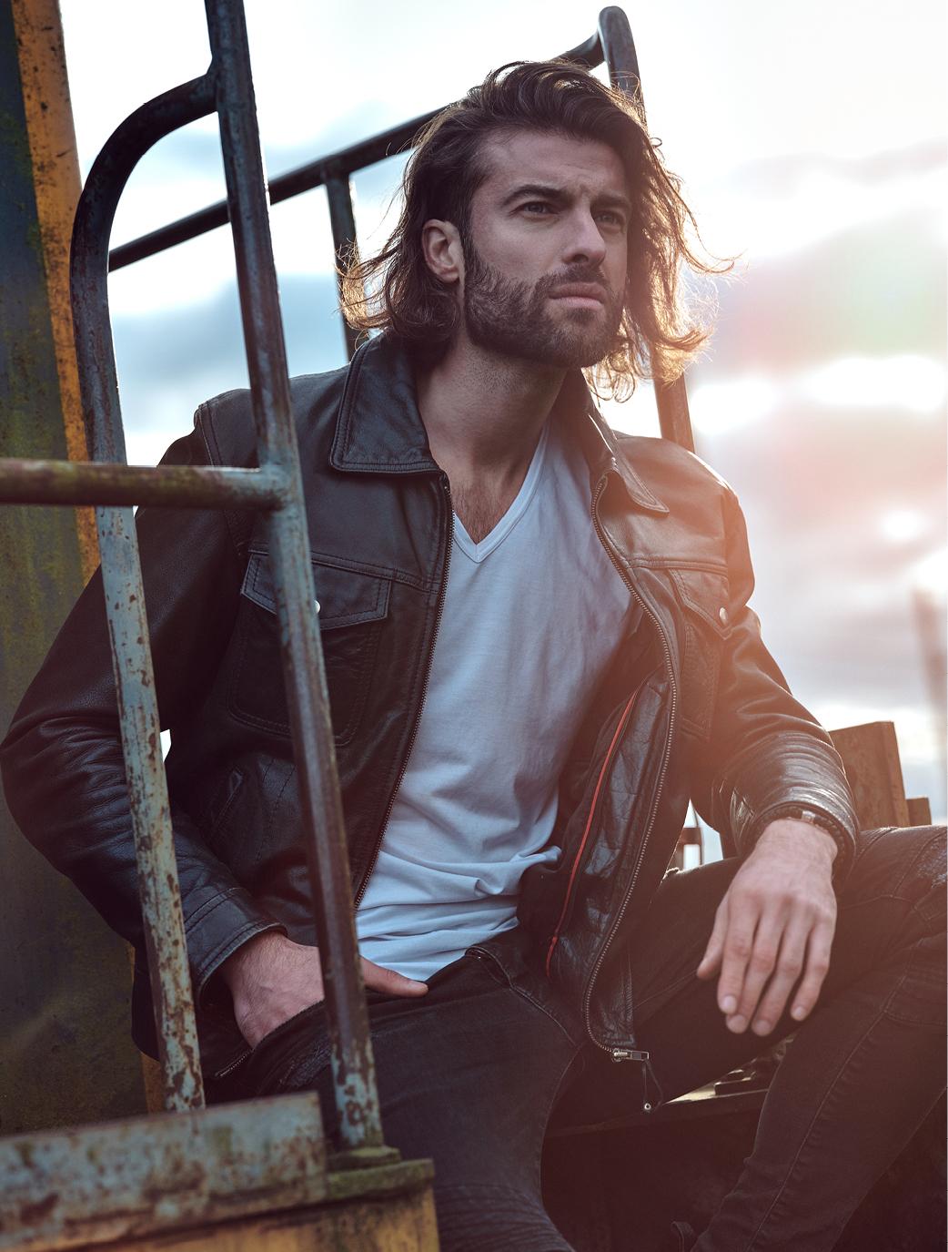 Une coupe irrésistible pour tous les hommes qui souhaitent un look authentique et moderne.
